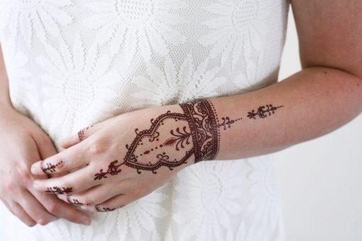 Henna style temporary tattoo