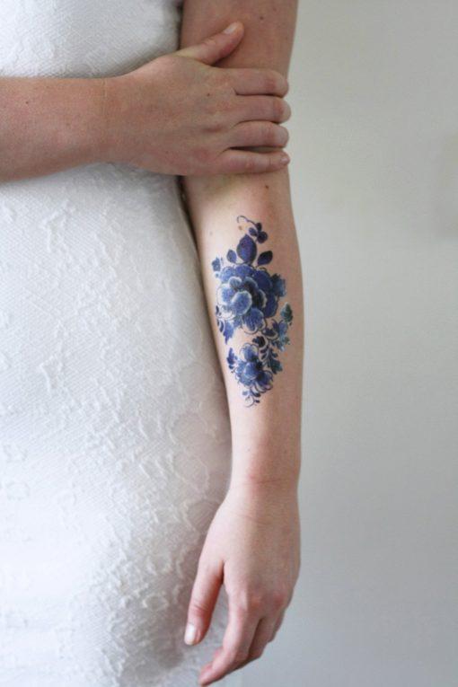 Large floral vintage Dutch 'Delfts Blauw' temporary tattoo