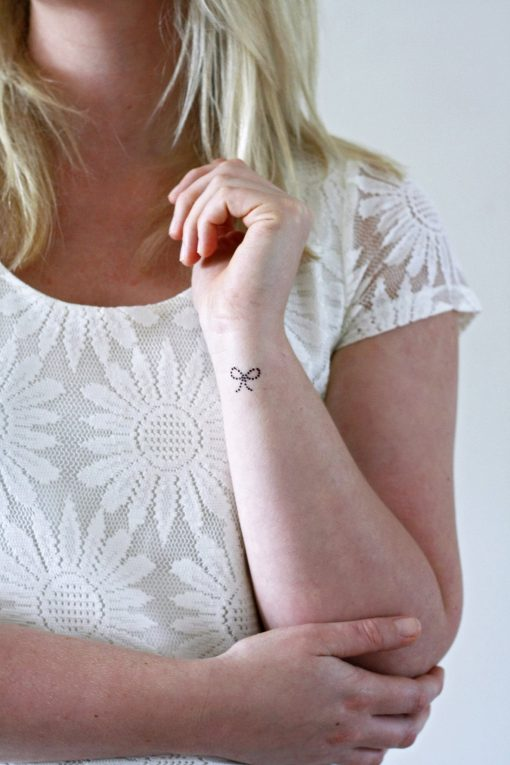 Dotted bow temporary tattoos (4 pieces)
