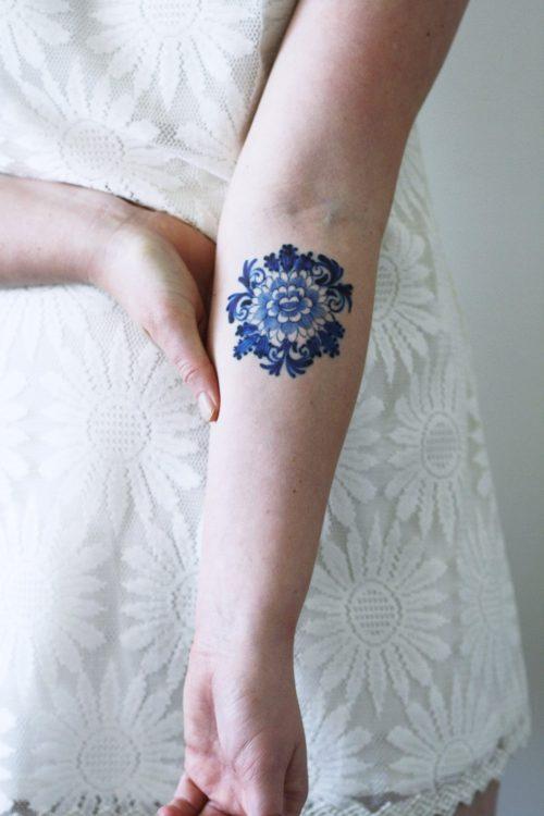 Delfts Blue round flower tattoo