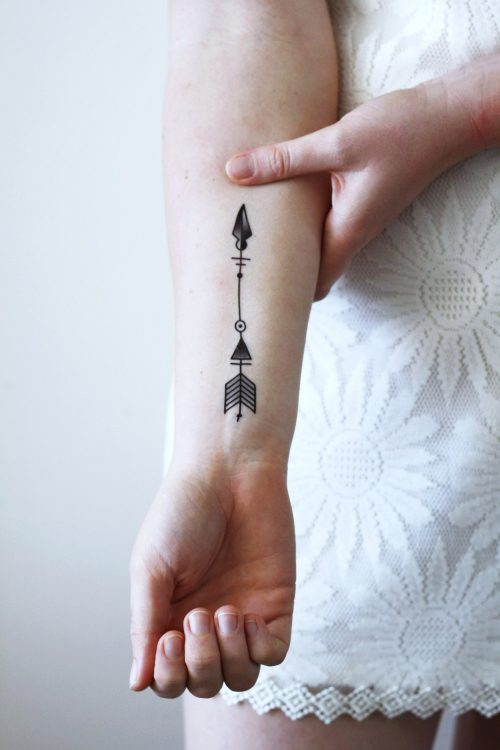 Arrow temporary tattoo