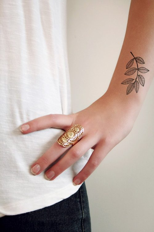Leave branch temporary tattoo