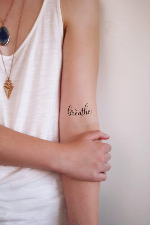 Temporary tattoo 'Breathe'