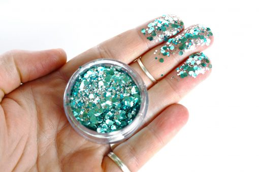 Biodegradable chunky face glitter in 'Ocean'