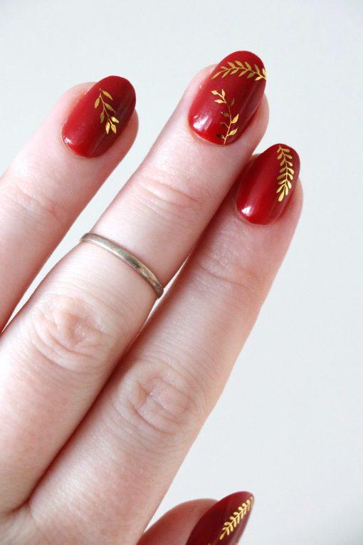 Botanical gold leaves nail tattoos / nail decals