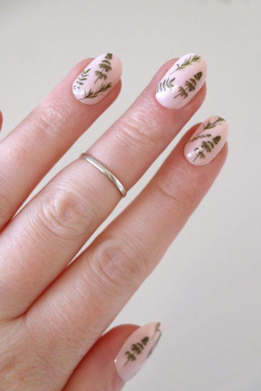 Green leaves nail tattoos / nail decals