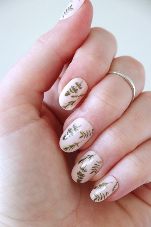 Green leaves nail tattoos / nail decals