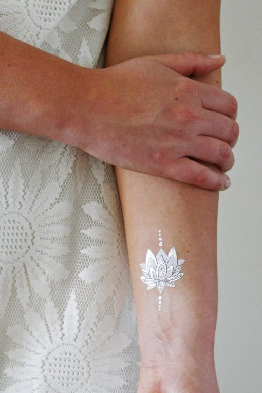Metalic, gold, silver and white temporary tattoos set
