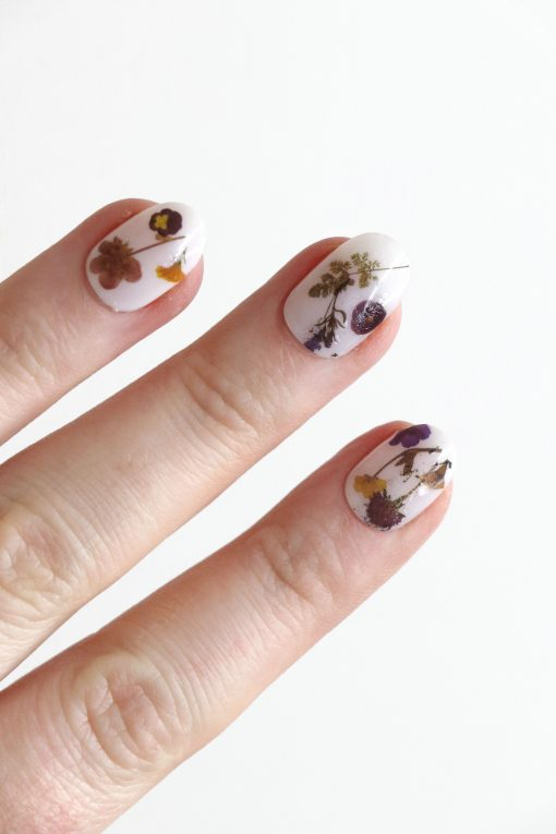 Dried flowers nail tattoos / flower nail decals / nail art / floral nails / floral nail decals / dried flower nail art / self care /N51